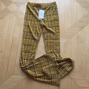 Brand new pants with elastic